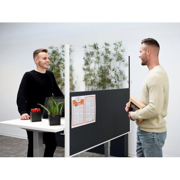 Kampagne: Pinboard skillevæg pin-and-see